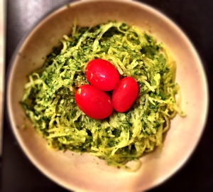 """Spaghetti Squash with Avocado and Spinach """"Cream"""" Sauce"""